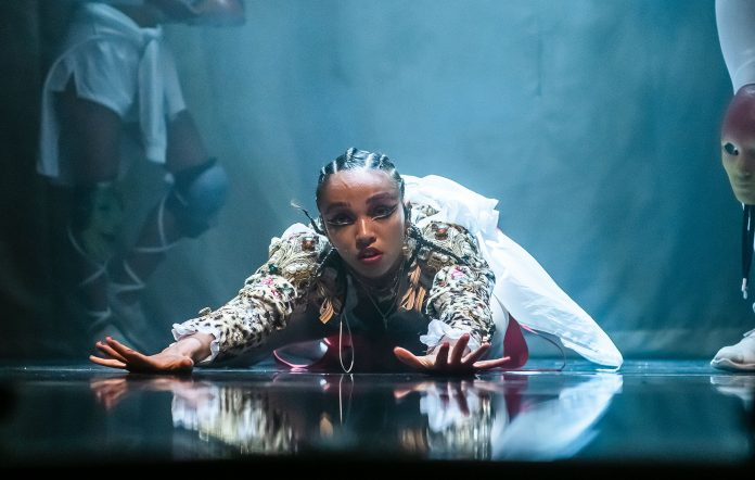 Fka Twigs Opens Up About Her Mental Health It S Ok Not To