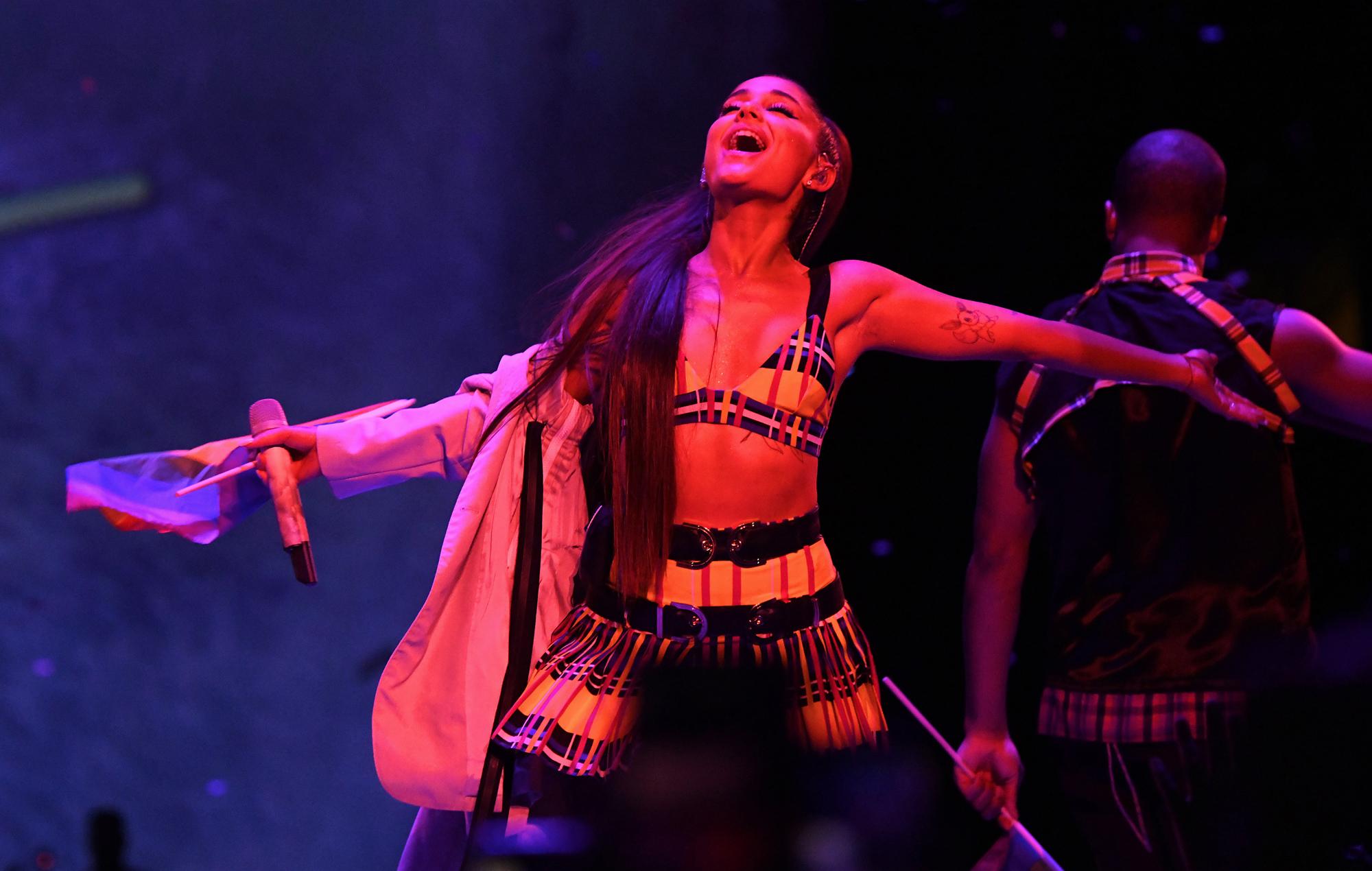Ariana Grande Announces Sweetener Tour Film Excuse Me I Love You