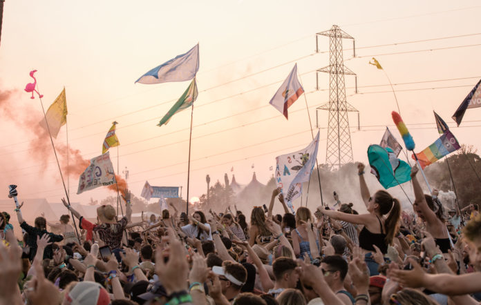 Glastonbury crowd 2019