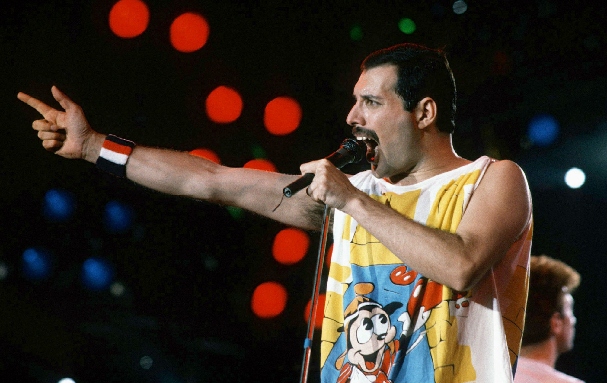 queen launch new app which allows allows fans to sing just like freddie mercury sing just like freddie mercury