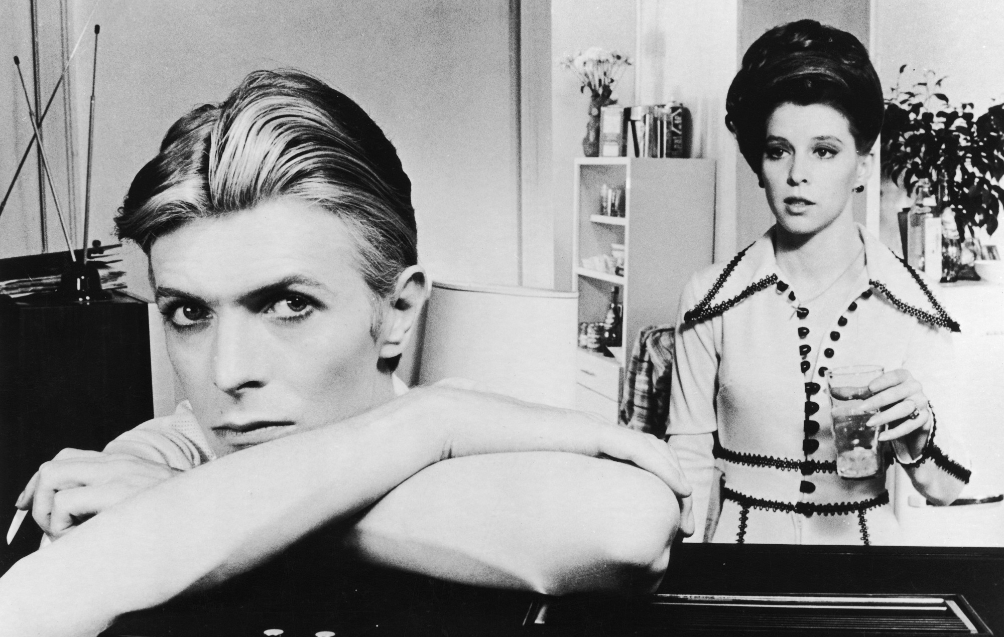 David Bowie stars with Candy Clark in 'The Man Who Fell to Earth'
