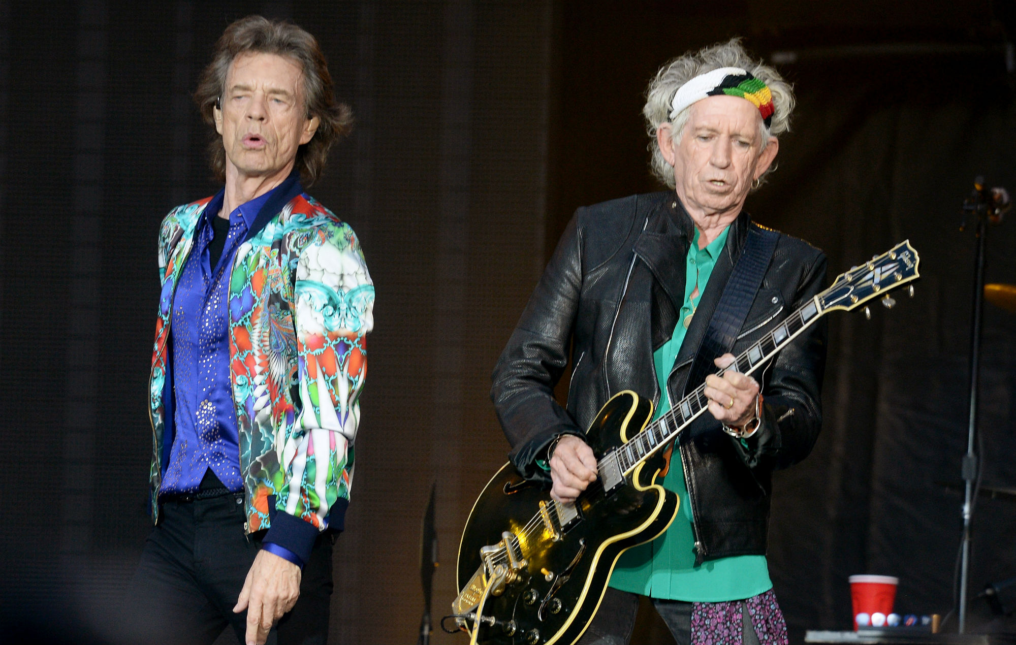Keith Richards uses a motorised ashtray so he won't piss off Mick ...