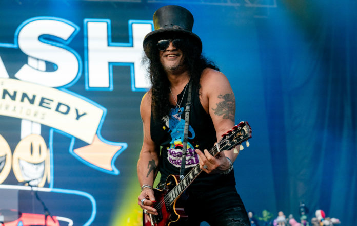 Slash performs at the Lollapalooza Music Festival at Grant Park on August 04, 2019 in Chicago, Illinois