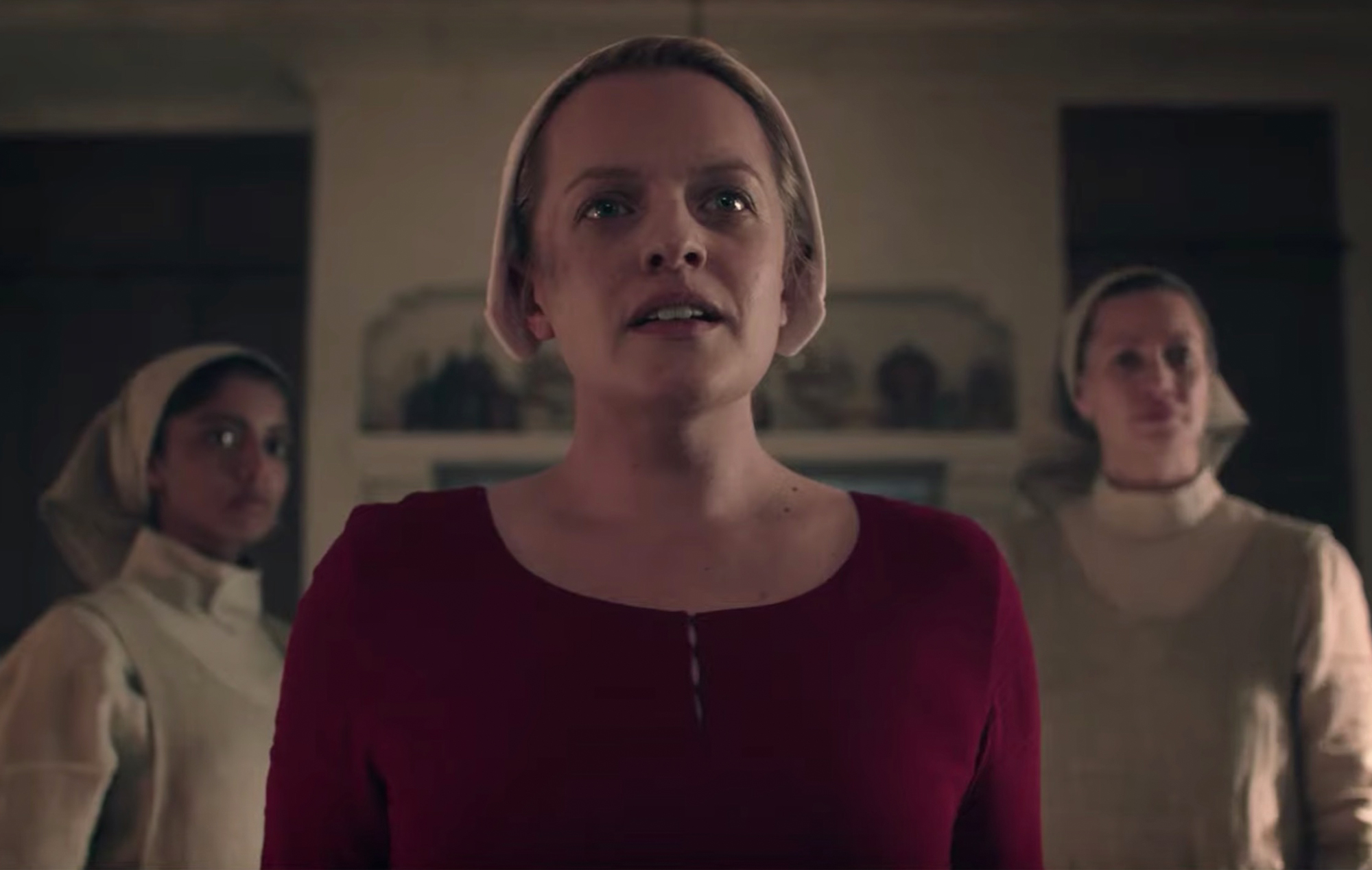 Elisabeth Moss On The Possibility Of A Happy The Handmaid S Tale Ending