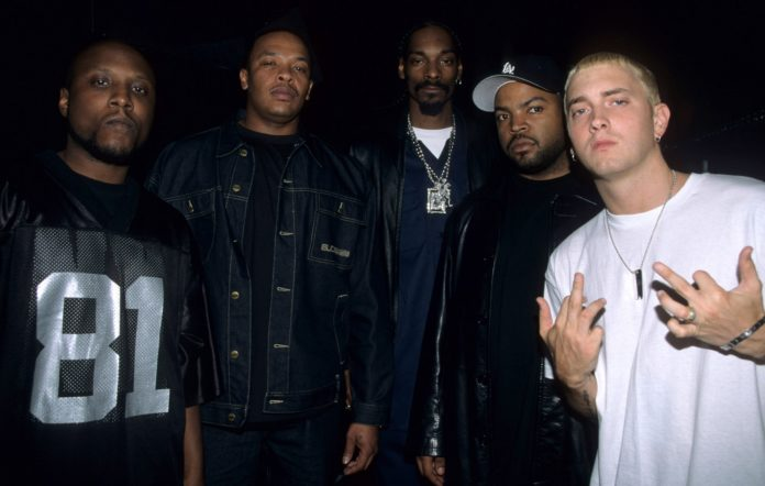 Dr. Dre, Snoop Dogg, Ice-Cube and Eminem at the 2000 BET Awards