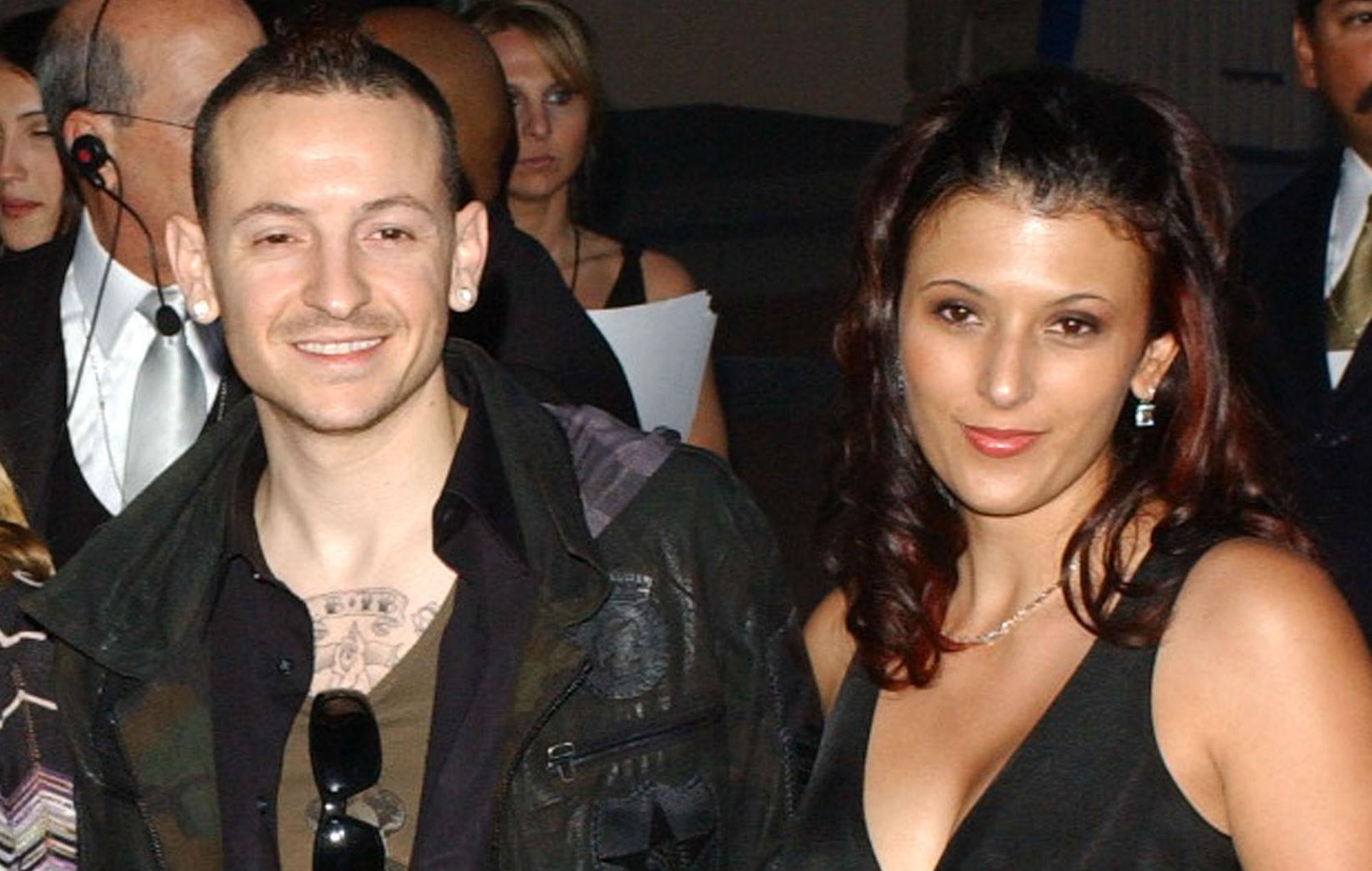 Chester Bennington and Talinda Bennington pose in 2006