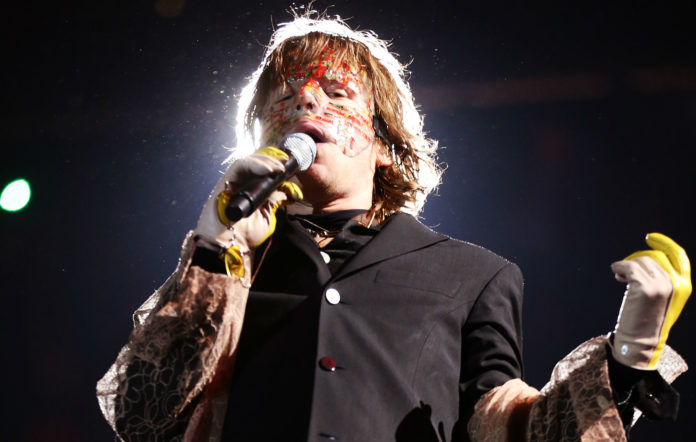 GettyImages-1176076894_CAGE_THE_ELEPHANT_2000-696x442.jpg