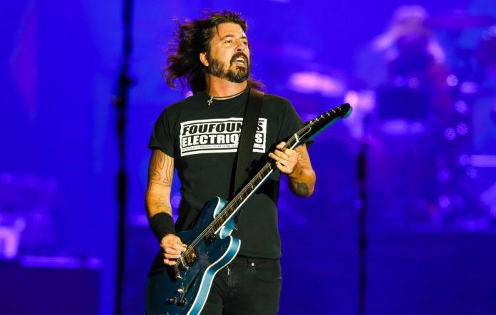 Foo Fighters / Töôrnst Hülpft