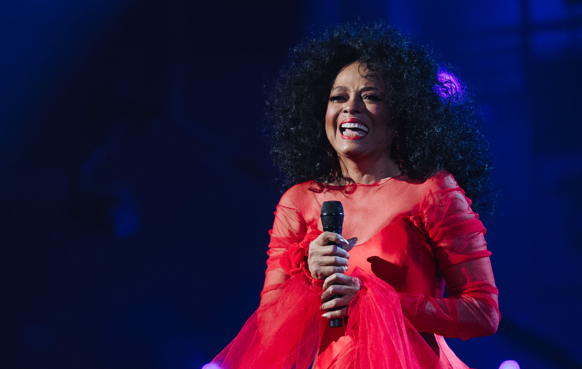 diana ross is playing the 2020 glasto legends slot here s our dream setlist nme diana ross is playing the 2020 glasto