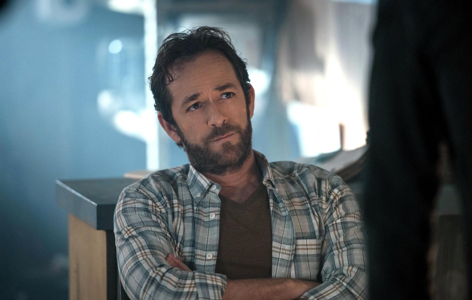 Luke Perry stars in a 2017 episode of Riverdale