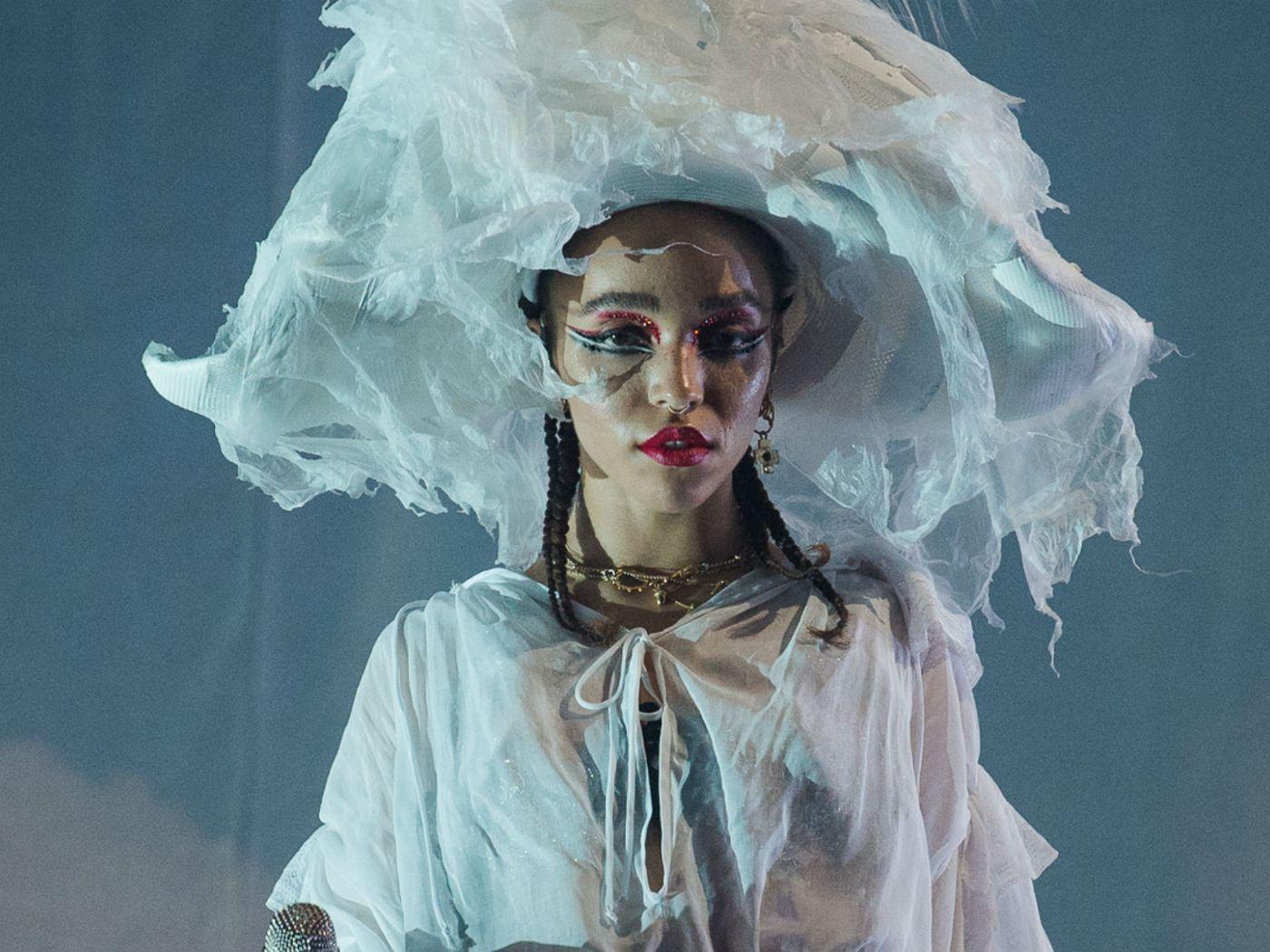 FKA twigs - 'MAGDALENE' album review