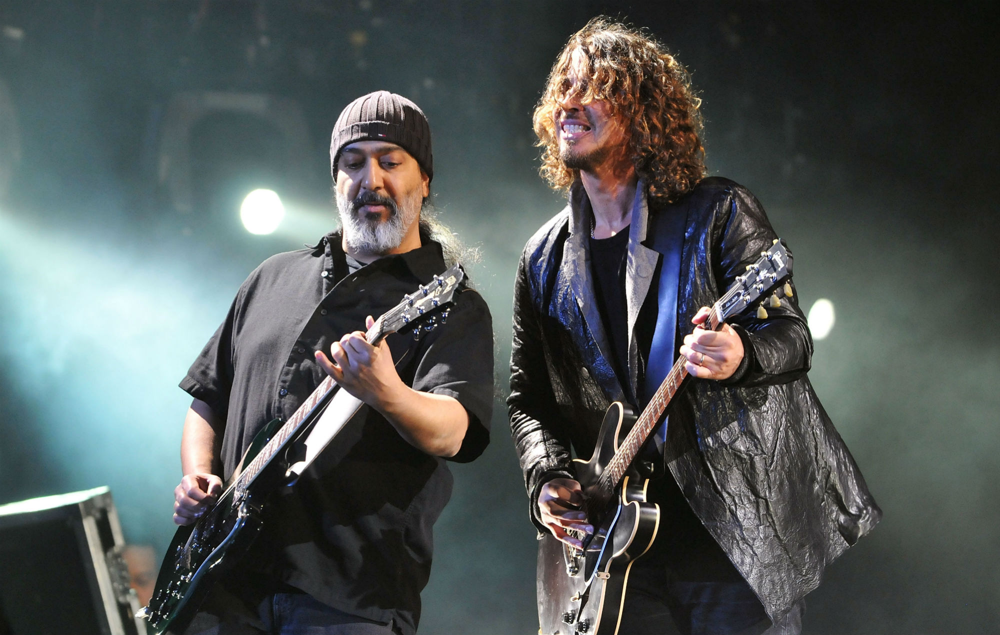Kim Thayil and Chris Cornell