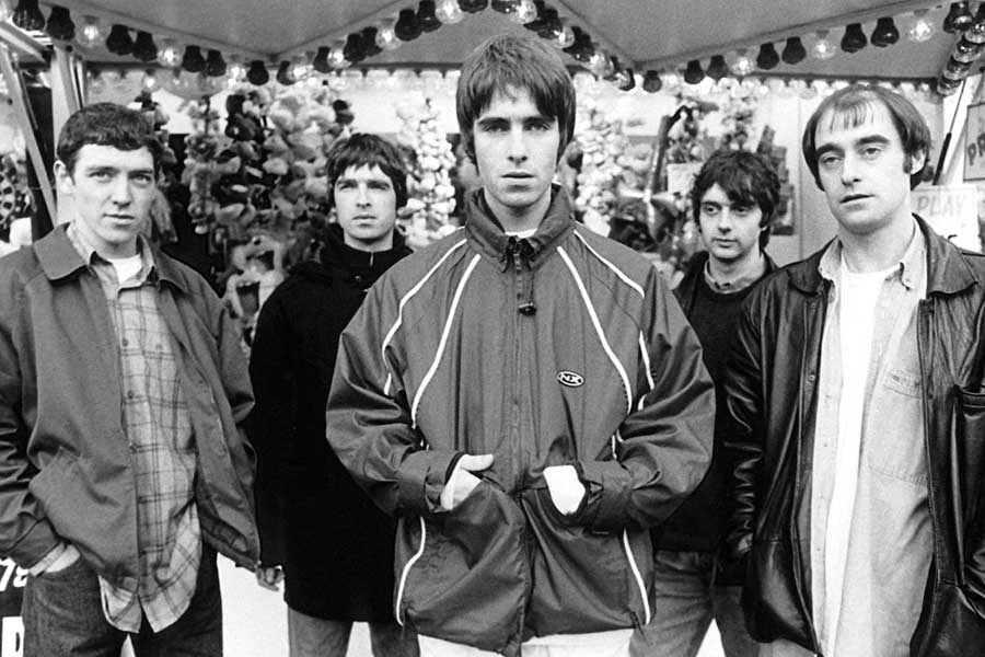 Oasis, 'Married With Children'