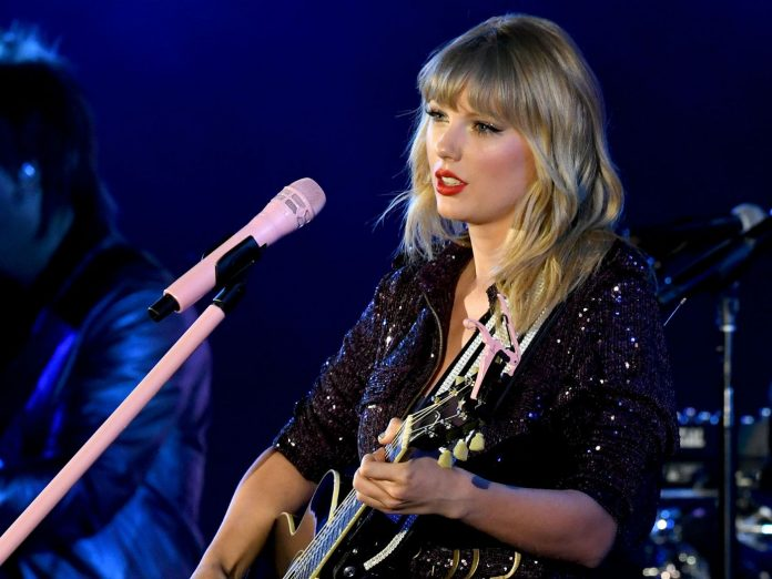 Big Machine allows Taylor Swift to perform her old songs following dispute