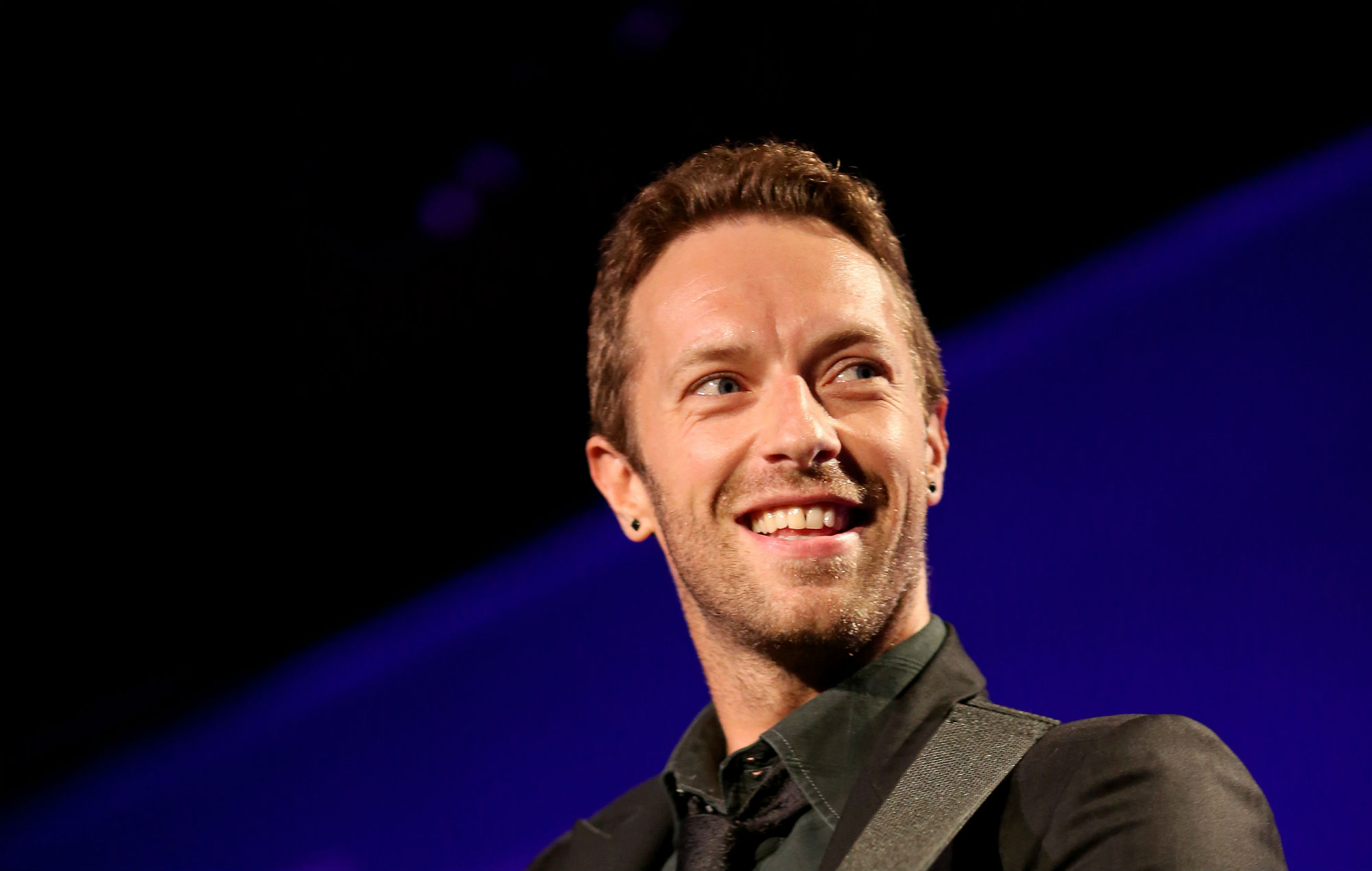 Coldplay's Chris Martin opens up about wrestling with his sexuality when he was growing up