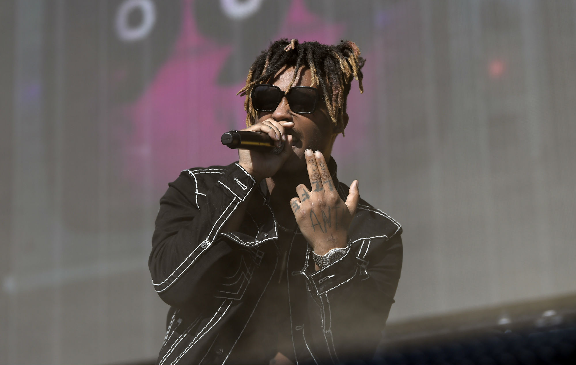 roses juice wrld roblox id code Juice Wrld S Family Break Silence On Rapper S Death Addiction Knows No Boundaries