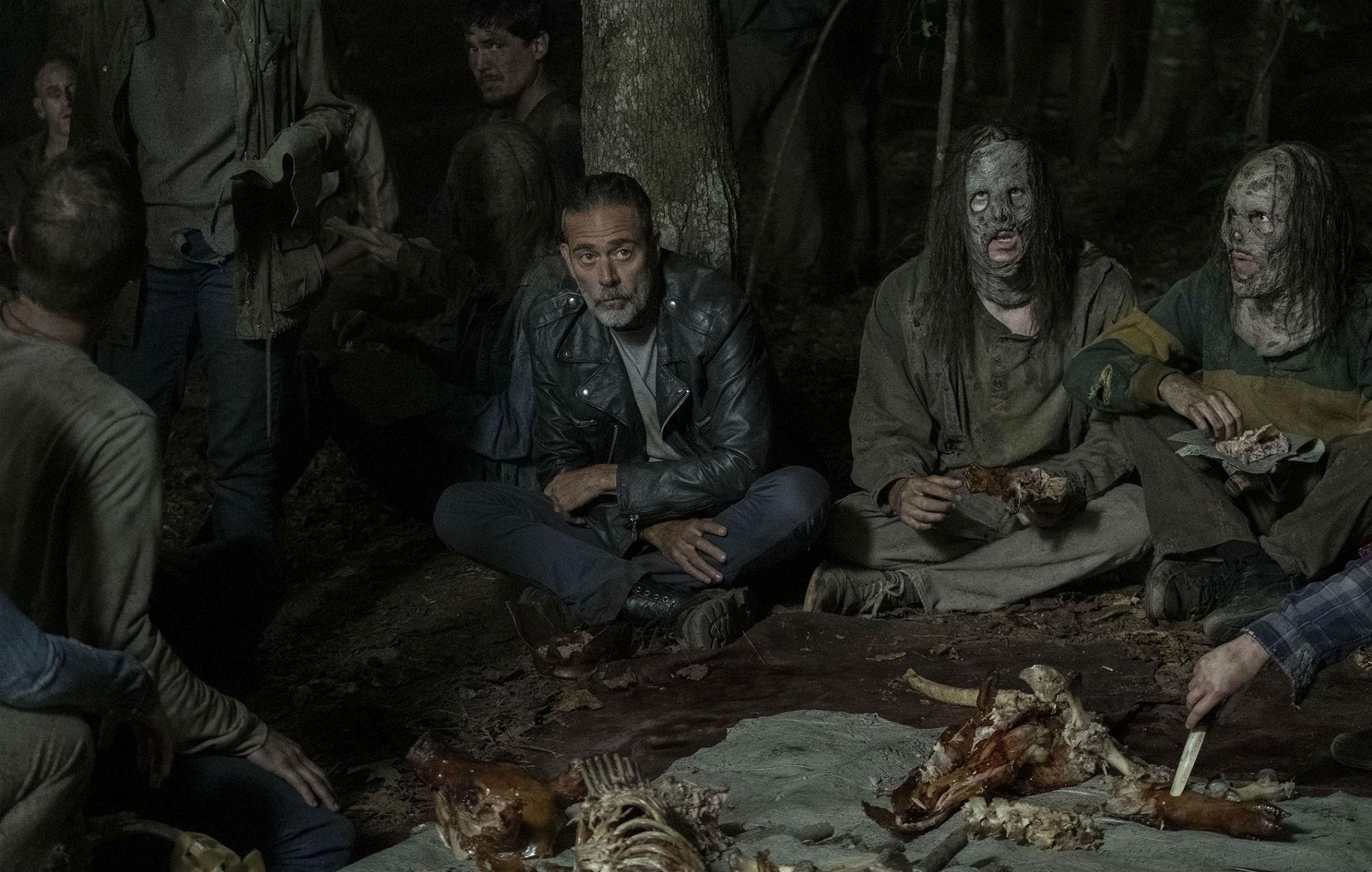 """'The Walking Dead': Fans shocked by """"disturbing"""" sex scene"""