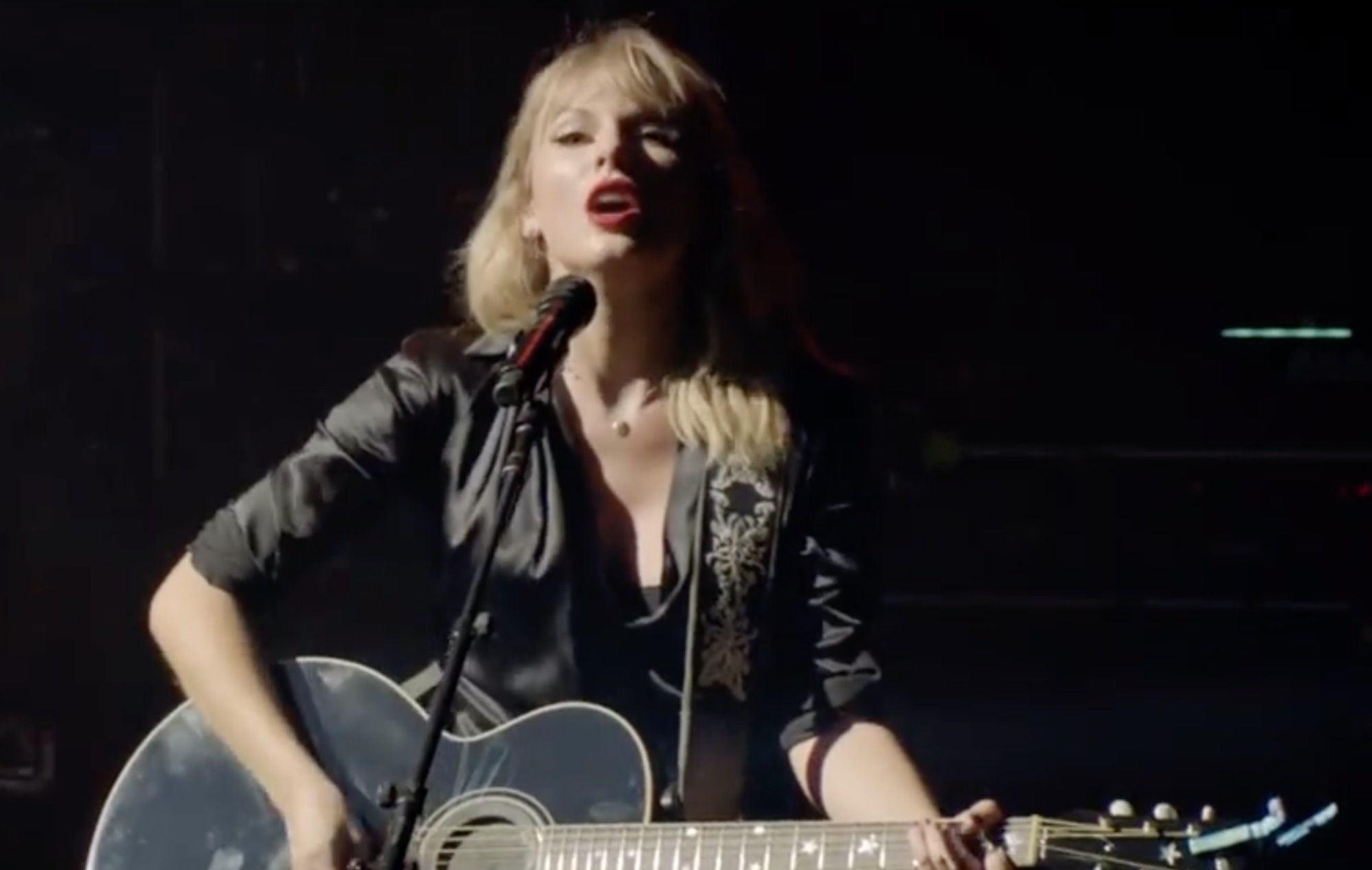 Taylor Swift shares acoustic performance of 'The Man' live from Paris