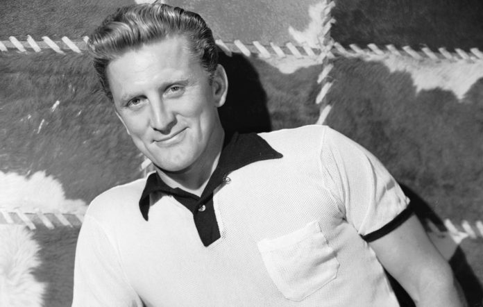 Tributes pour in for Kirk Douglas