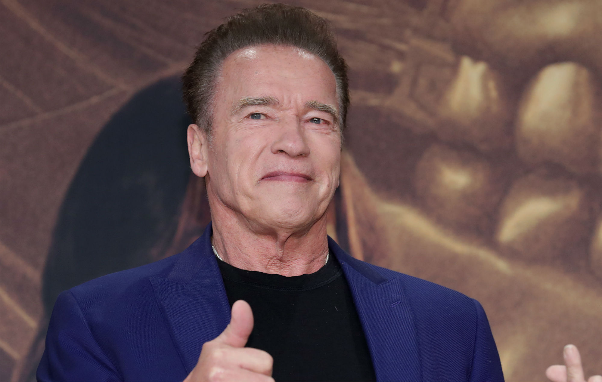 Watch Arnold Schwarzenegger give coronavirus tips from his ...