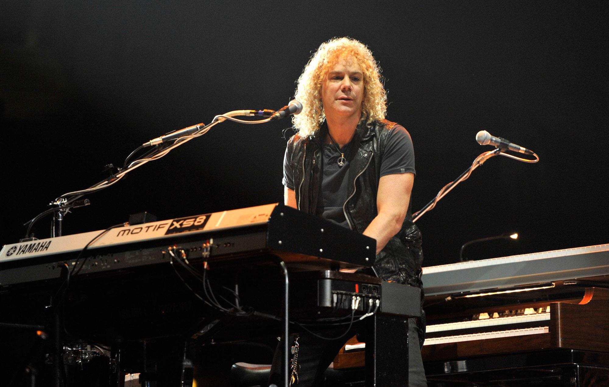 Bon Jovi keyboardist David Bryan has tested positive for coronavirus - EpicNews