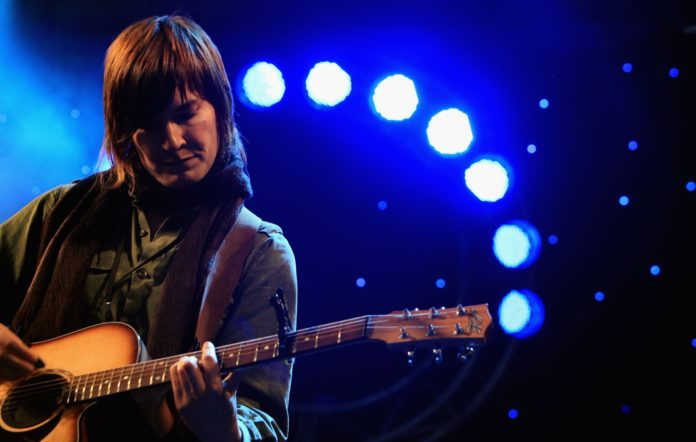 Jen Cloher to perform at the second edition of ISOL-AID