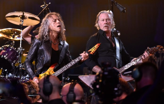 SAN FRANCISCO, CALIFORNIA - SEPTEMBER 06: Kirk Hammett (L) and James Hetfield of Metallica perform during the