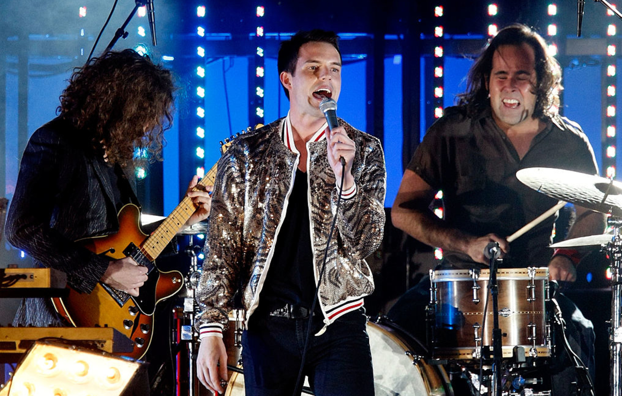 The Killers unveil cinematic video for anthemic new single 'Caution' - EpicNews