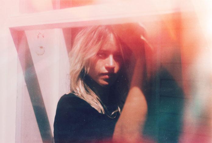 Annie Hamilton announces new single and EP