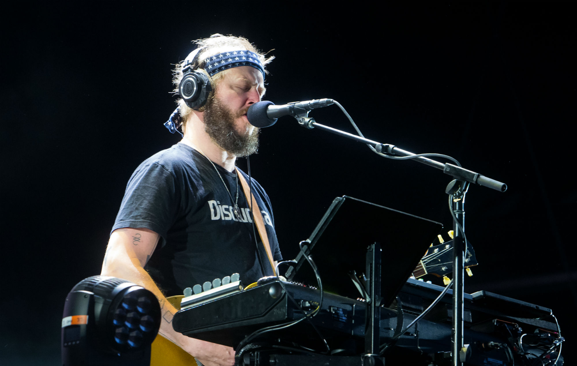 Justin Vernon debuts new Bon Iver song during Bernie Sanders live stream | NME