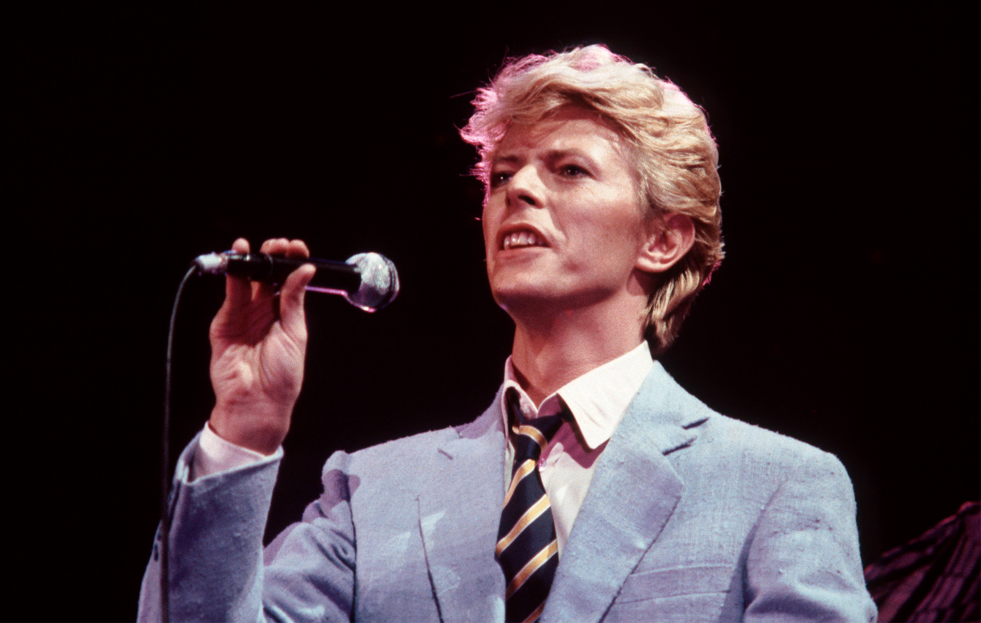Owners Of Australian Pub In David Bowie S Let S Dance Video Reveal Why They Re Selling It