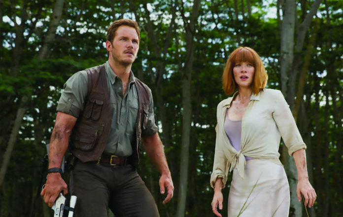 Chris Pratt and Bryce Dallas Howard in 'JURASSIC WORLD'