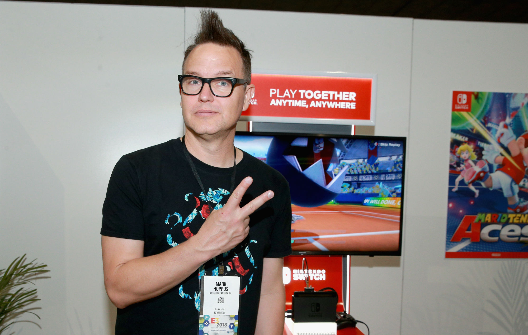Watch Mark Hoppus perform Blink-182 and +44 songs during 'Animal Crossing' live stream thumbnail