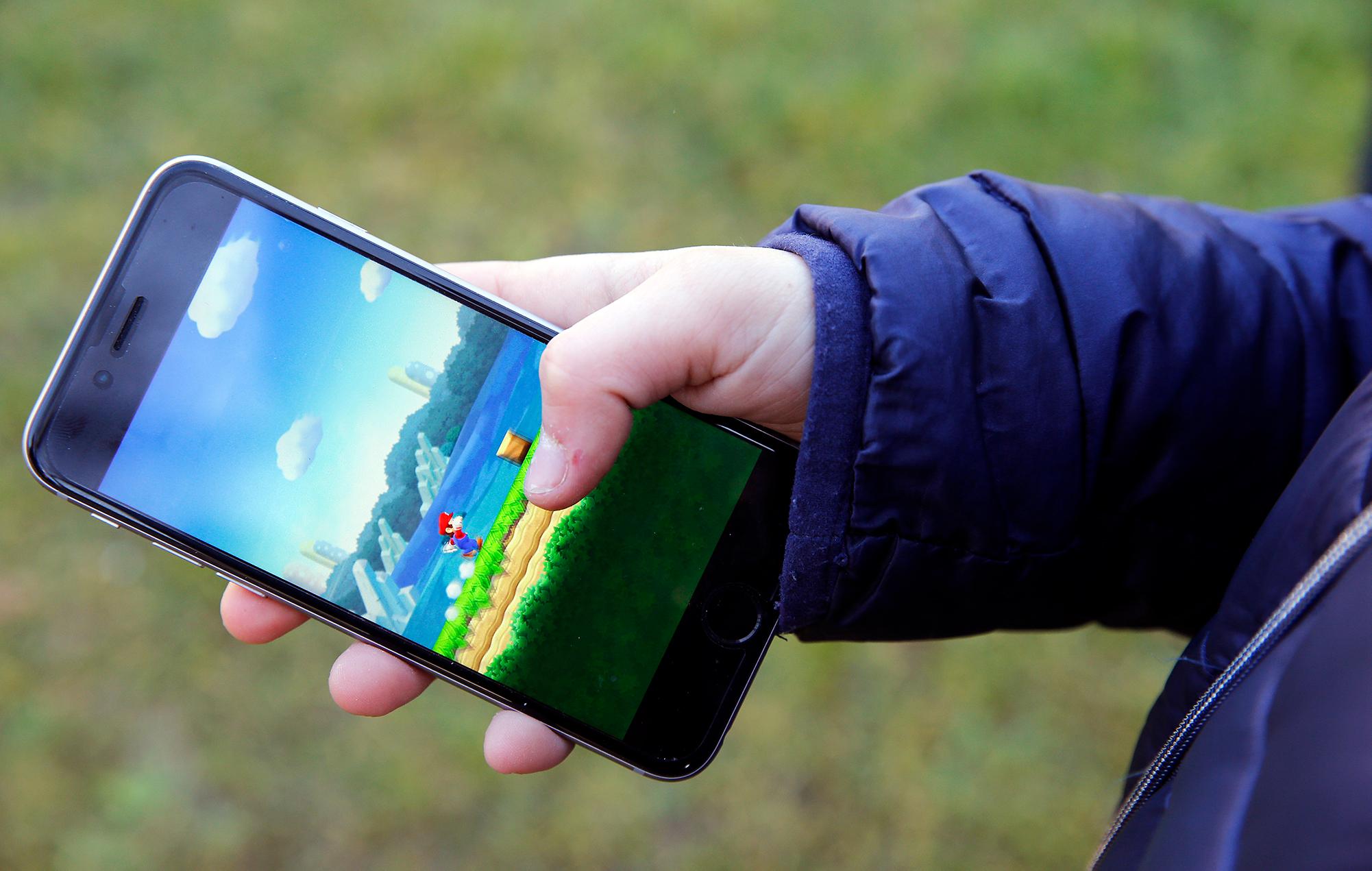 super mario run mobile smartphone app game