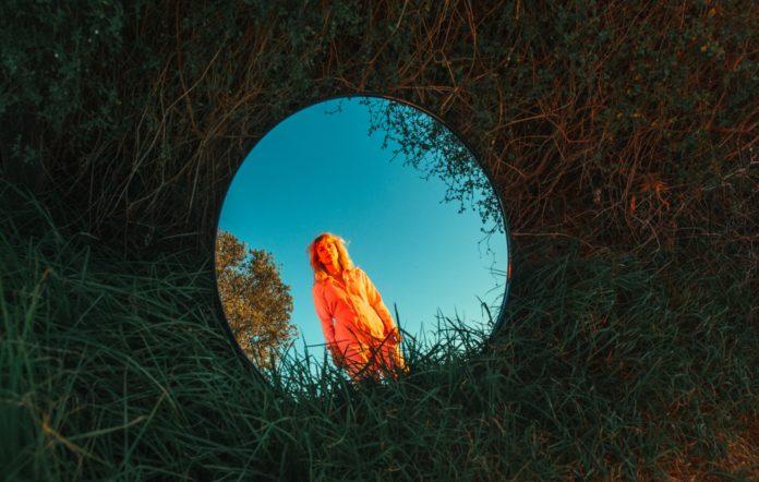 Jade Imagine shares new single