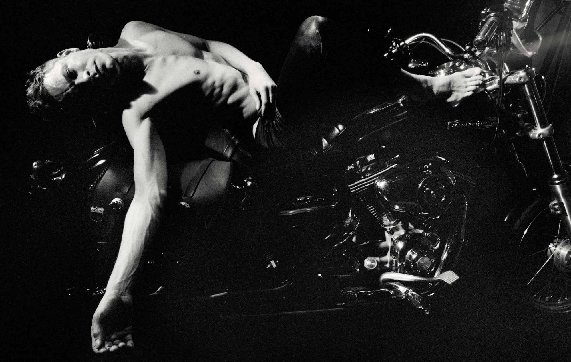 Perfume Genius' new album 'Set My Heart on Fire Immediately'