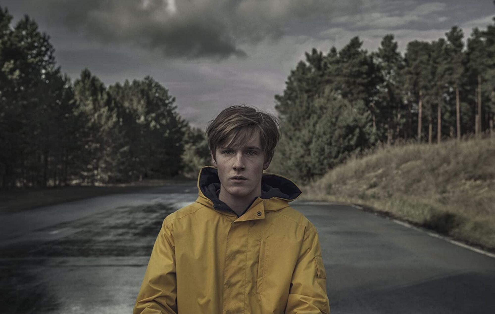 Netflix drama 'Dark' confirmed for season 3 with new trailer ...