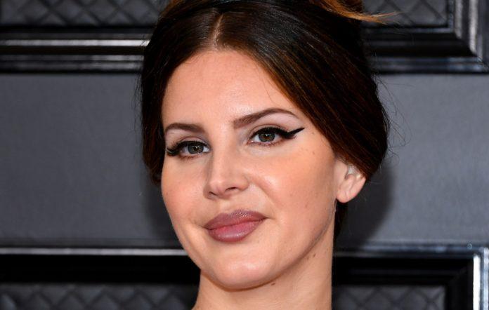 Lana Del Rey Responds To Criticism Of Controversial Instagram Post