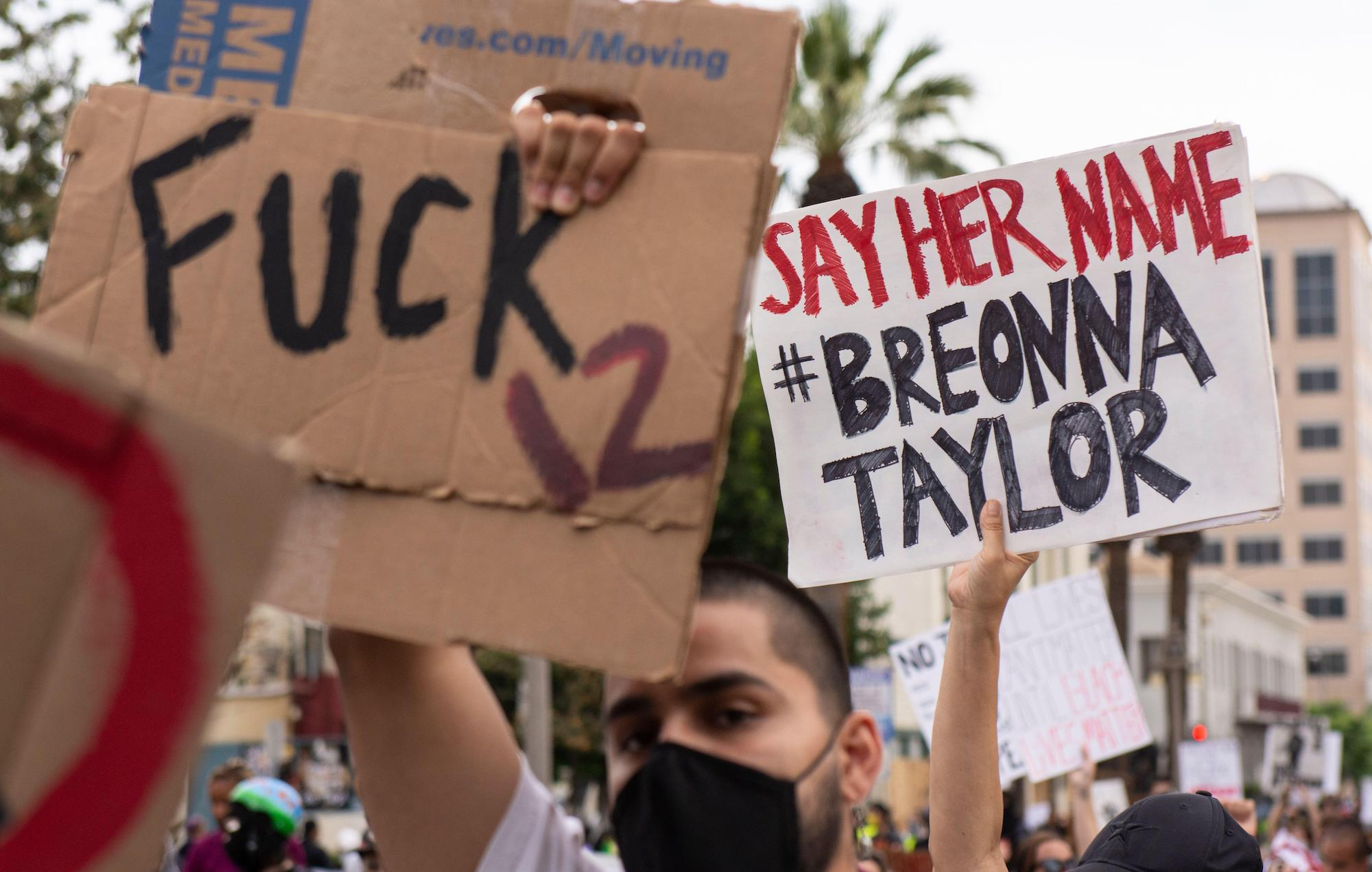Solange Selena Gomez And More Call For Justice For Breonna Taylor On Her Birthday