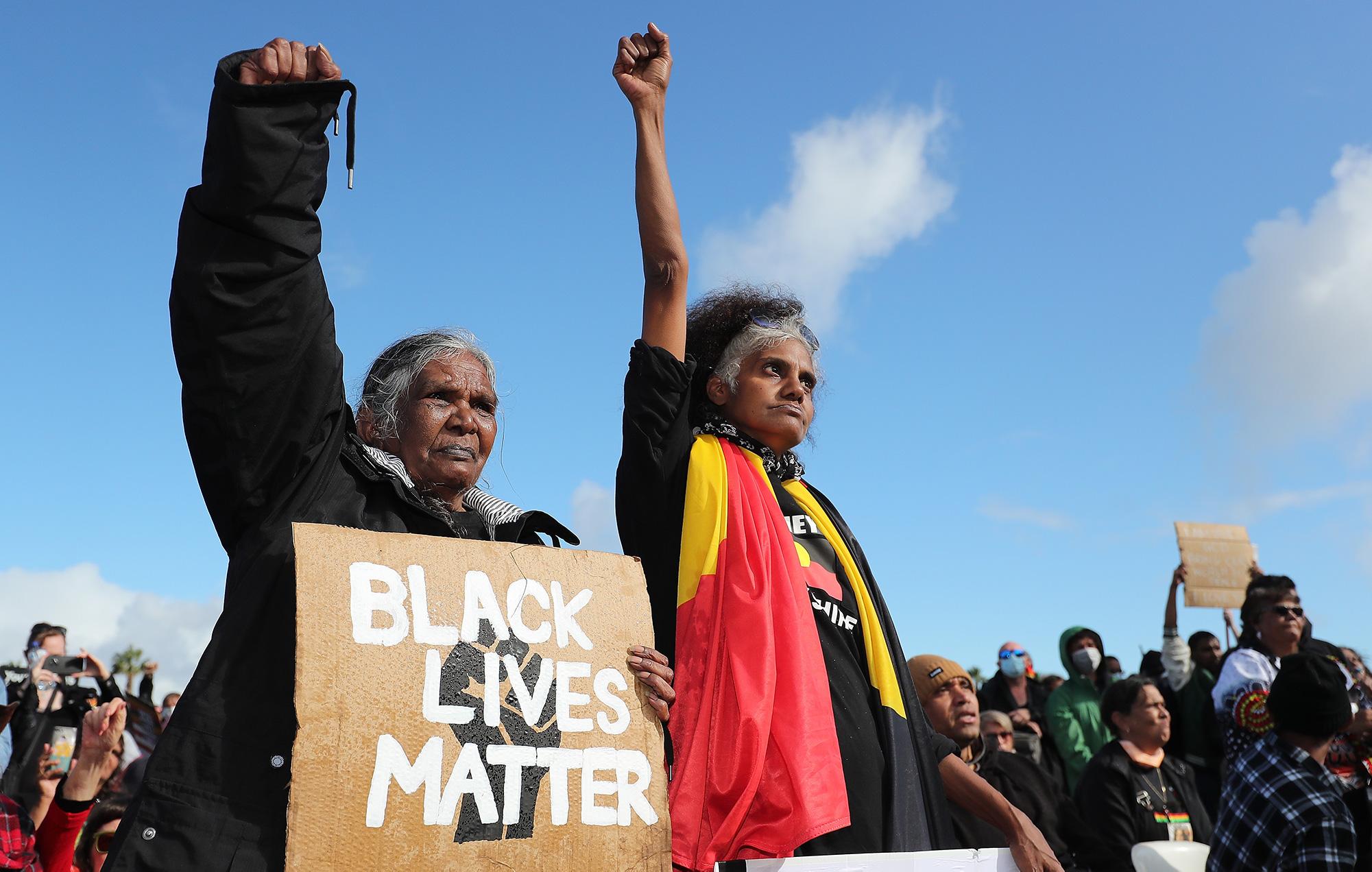 protestors black lives matter australia indigenous