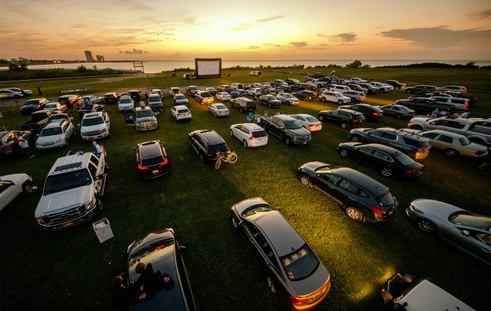 drive-in cinema oscars