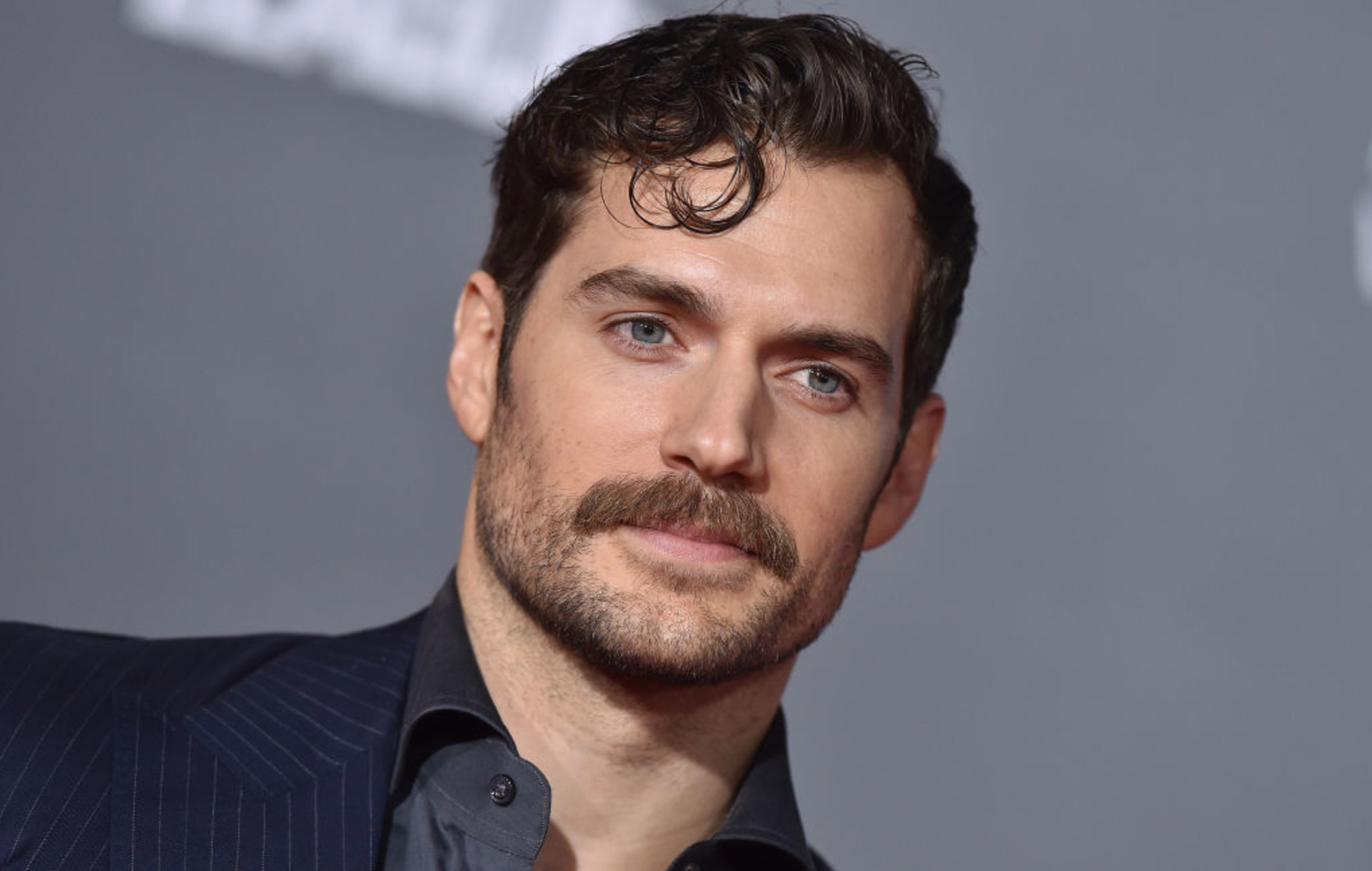 Henry Cavill Goes Viral Building Computers To The Sounds
