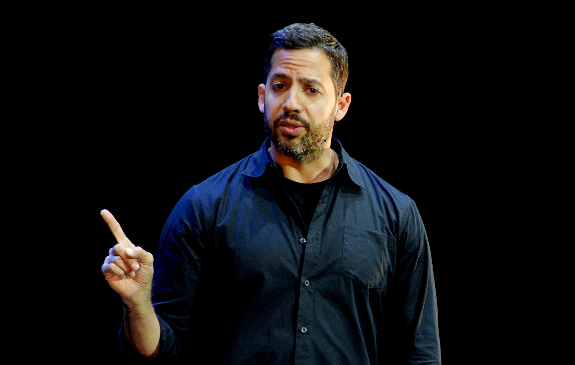 David Blaine to fly from New Jersey to New York using just balloons