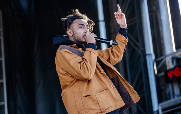 Aminé performs 'Limbo' medley in hot air balloon on Kimmel