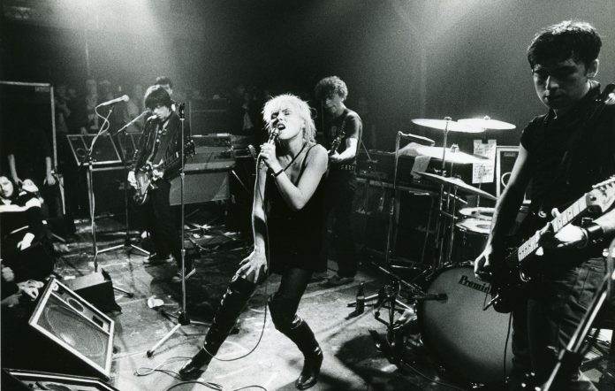 Deborah Harry, Blondie, Paradiso, Amsterdam, Nederland, 21/09/1977. (Photo by Gie Knaeps/Getty Images)