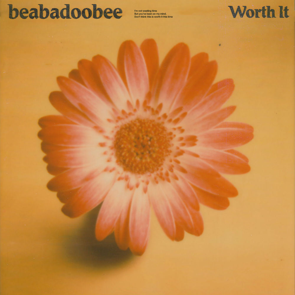 Beabadoobee - 'Worth It'