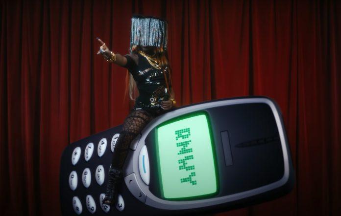 Bree Runway new video Little Nokia