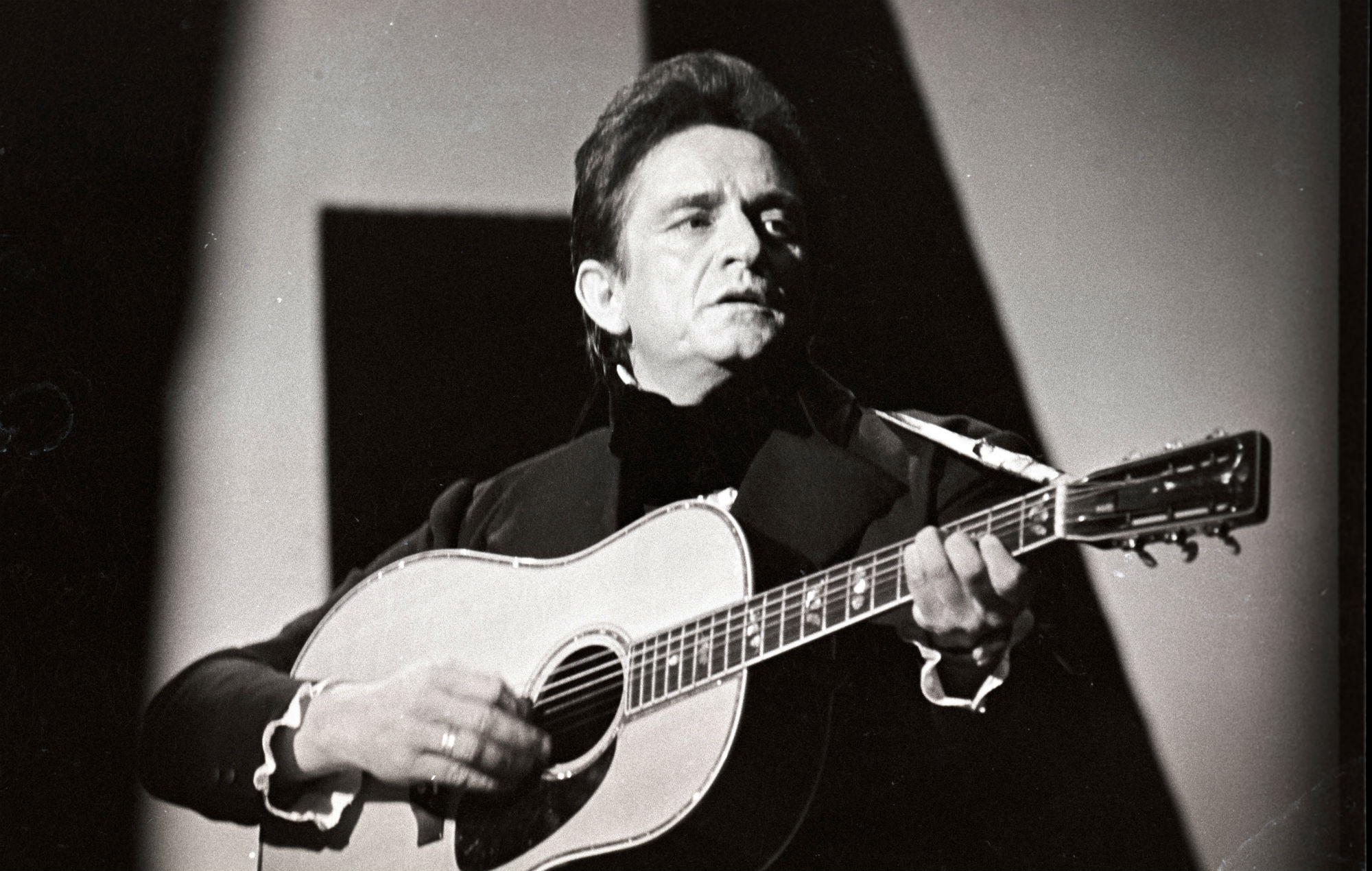Johnny Cash S Music Reimagined By Royal Philharmonic Orchestra For New Album
