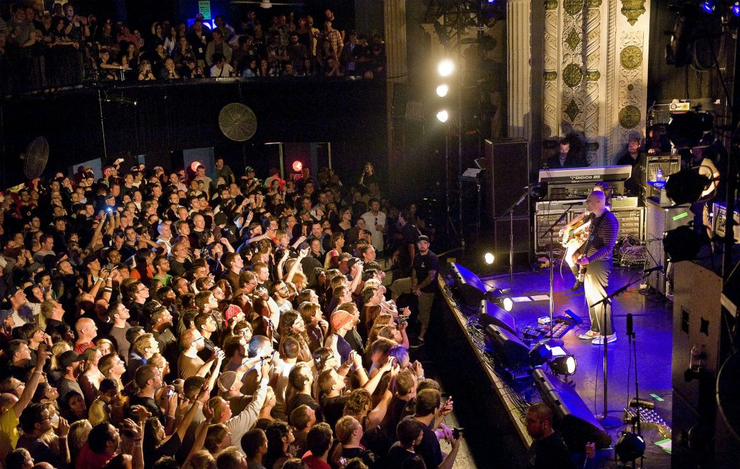 Smashing Pumpkins performing at The Metro, Chicago (Photo by Lyle A. Waisman/Getty Images)
