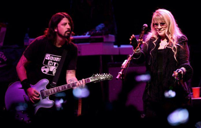 Dave Grohl, Stevie Nicks